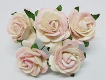 BLUSH BABY PINK ROSES (2.5 cm) Mulberry Paper Roses